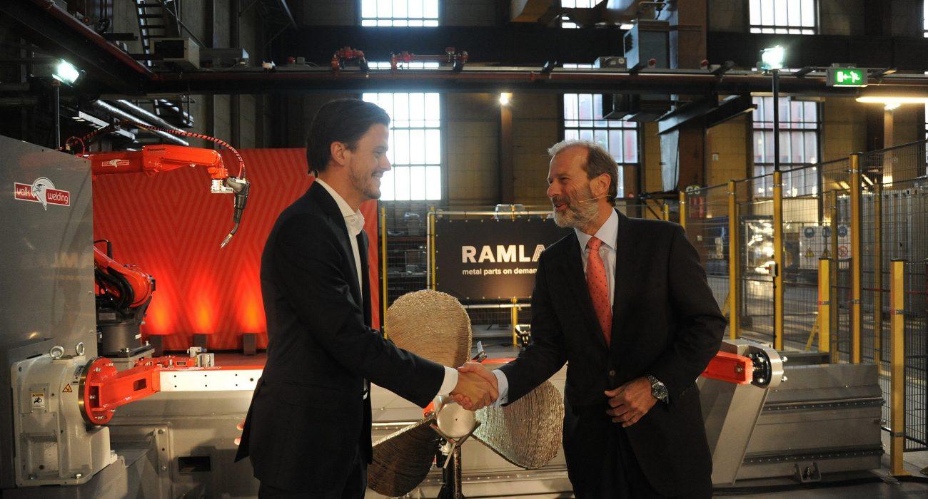 ramlab-opening-metal-parts-on-demand